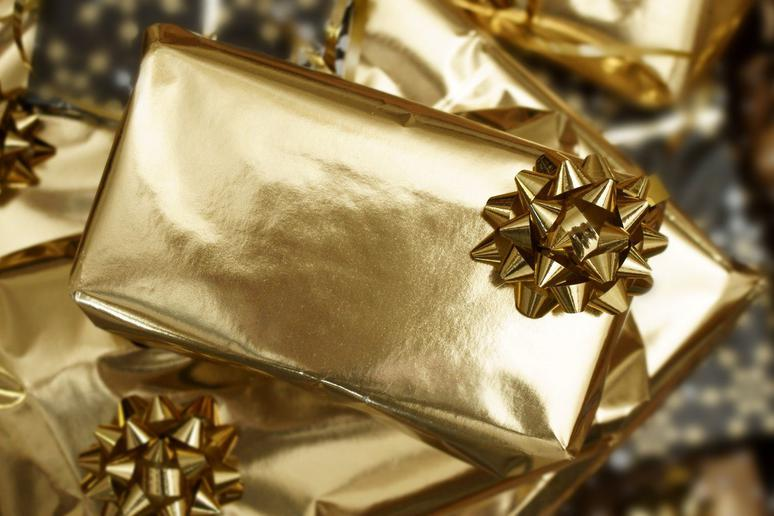 Best and Worst Holiday Party Gifts