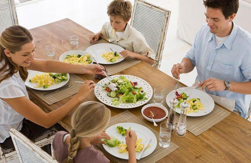 Family Dinners: The Key to Happiness?