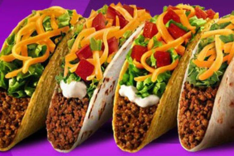Adorable Couple Celebrates 64th Anniversary with Taco Bell Feast