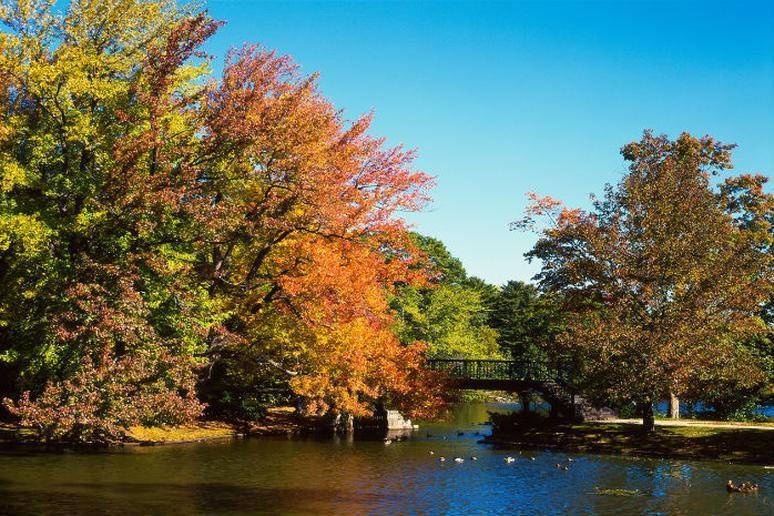 Rhode Island – Roger Williams Park Zoo in Providence to Cold Spring Park in Woonsocket