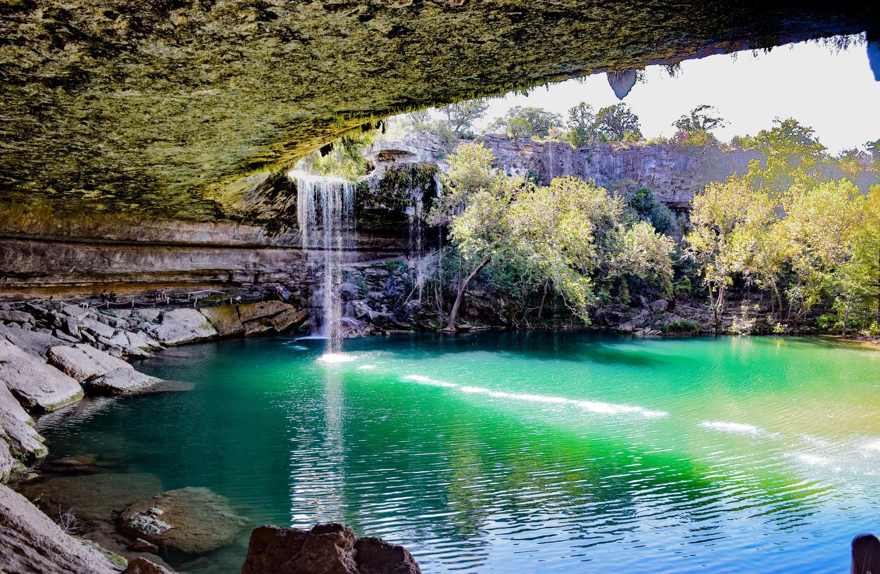 10 Secret Swimming Holes In The Us That Only Locals Know