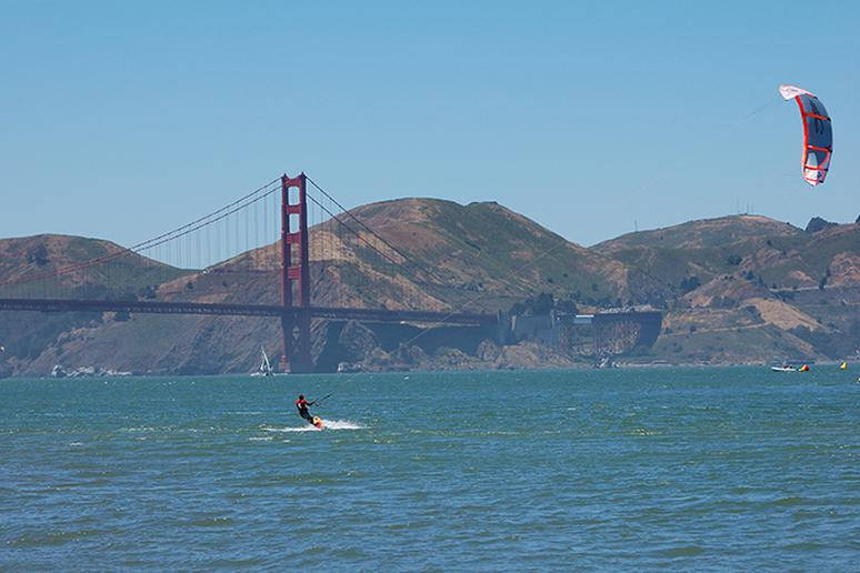 Learn kiteboarding in San Francisco, California