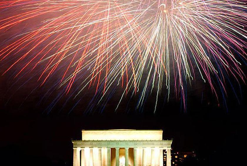 Best Restaurants for Watching July 4th Fireworks