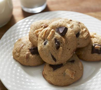 chocolate toasted almond cookies