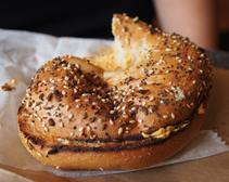 Man Pretending to Be an Everything Bagel on Tinder Matches With More Than 1,000 Women