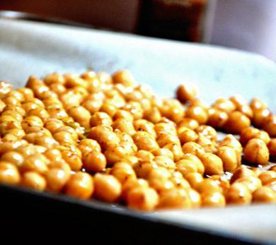 Sweet Roasted Chickpeas
