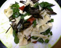 Pasta Salad with Roasted Artichokes, Basil, Tomatoes, and Mozzarella