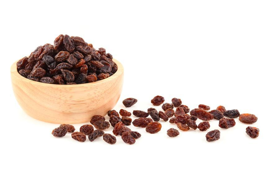 30 Minutes Before a Workout: Eat a Handful of Raisins