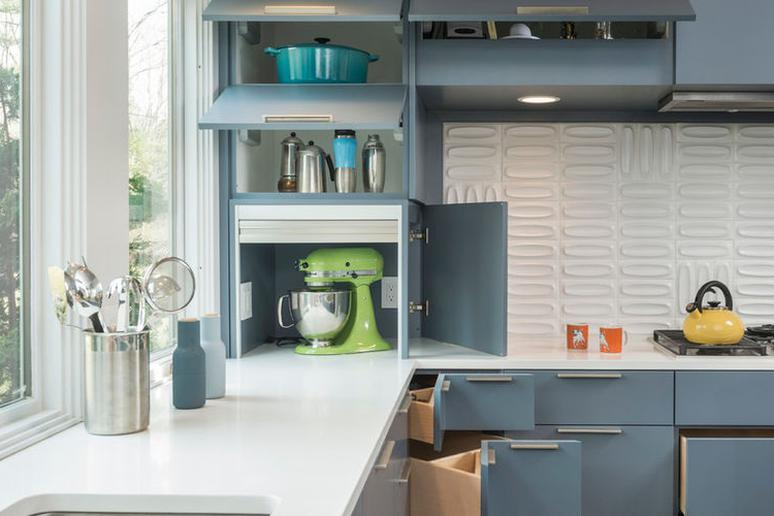 8 Clever Kitchen Storage Solutions for Corner Cabinets