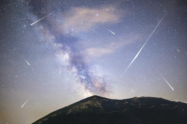 The Best Spots to Watch the Meteor Showers This Fall
