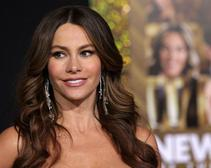 Sofia Vergara Steals the Show at the Emmys While Snacking on Popcorn