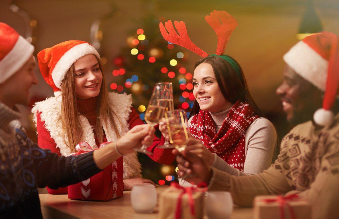 The Ultimate Holiday Party Survival Guide (Slideshow)