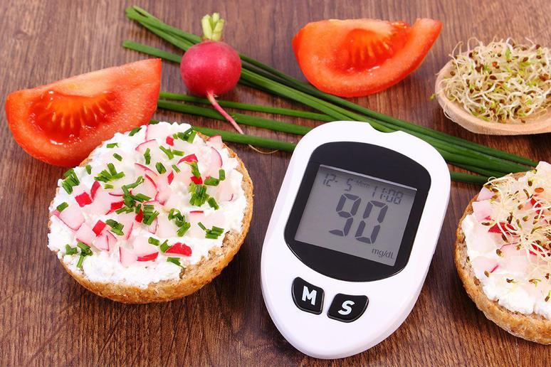 """Special """"Diabetic Meals"""" Are a Myth"""