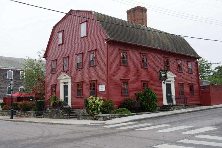 Rhode Island - Have a drink at America's oldest bar
