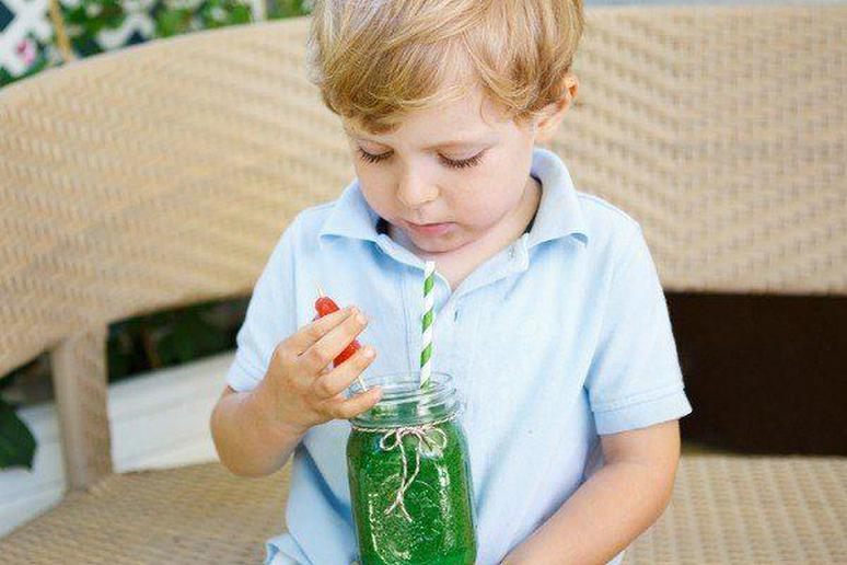 Ridiculous Lies You've Told Your Kids to Get Them to Eat Vegetables