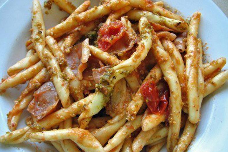 Strozzapreti with Speck and Pistachio Pesto
