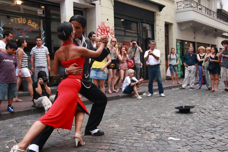 Learn to tango in Argentina