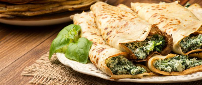 Spinach-Filled Crepes with Smoked Salmon Sauce