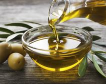 The label on your bottle of olive oil may not be entirely truthful. But does that really mean the entire olive oil industry is corrupt?
