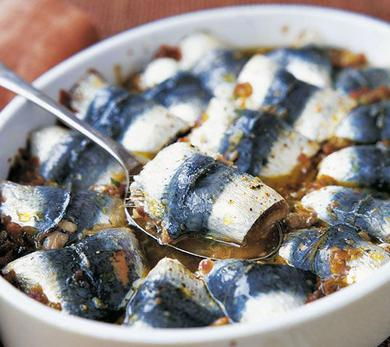 Oven-Baked Sardines with Fennel and Citrus Fruits