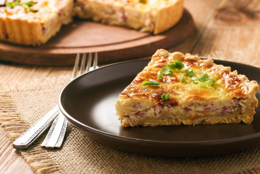 Slow Cooker Bacon and Cheese Quiche