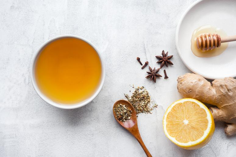 7 Teas That Settle Your Stomach