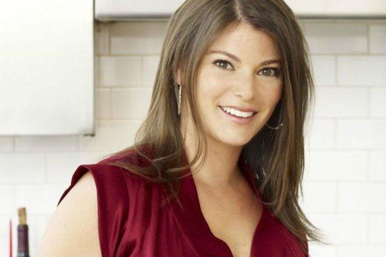 We Talk to Gail Simmons About New TV Show, 'The Feed'
