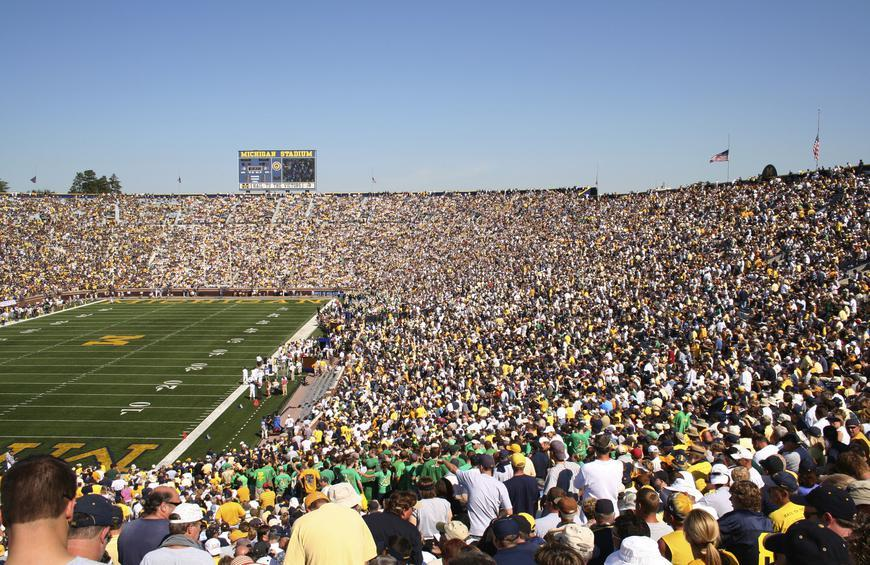 b63802303df 30 Best Colleges for Tailgating Slideshow