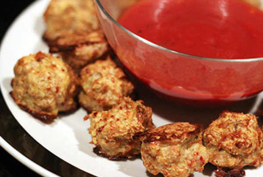 Baked Meatballs with Spicy Marinara Dipping Sauce