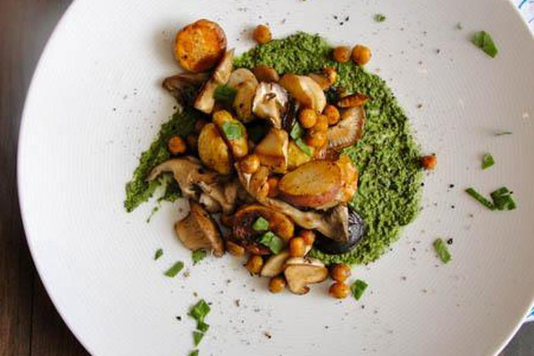 Potato, Spinach, and Pumpkin Seed Hash
