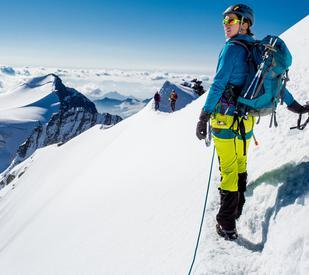 15 Fun but Daring Winter Sports You Need to Try This Year