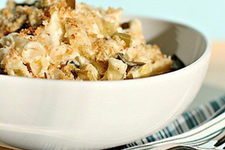 Mac and Cheese with Braised Leeks, Asiago, and Parmesan Breadcrumbs