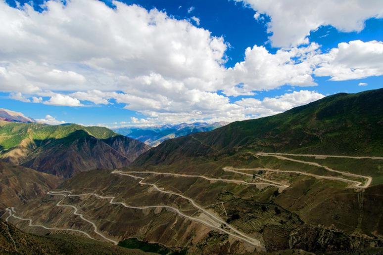 Sichuan-Tibet Highway, China