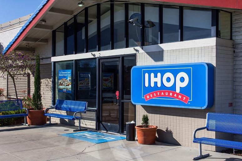 IHOP Sends Out Some Body-Shaming Tweets