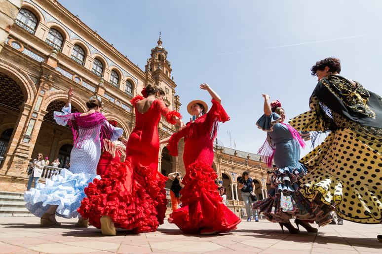 Learn flamenco in Andalusia