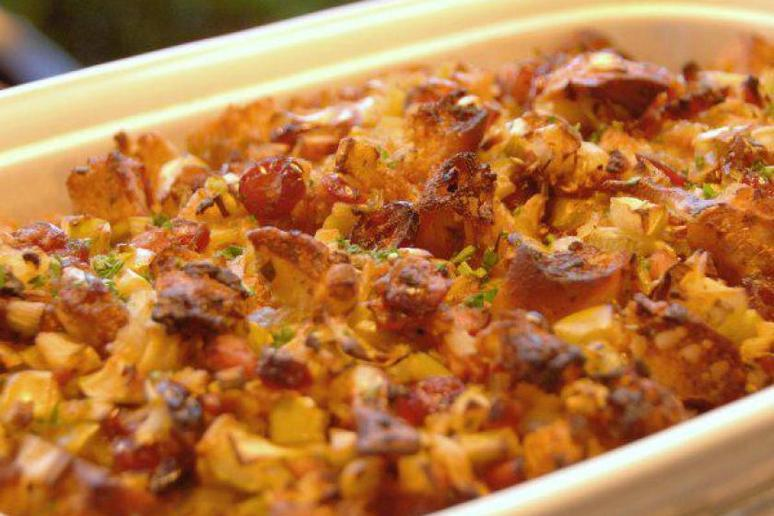 Cranberry Apple and Sausage Stuffing