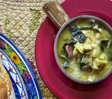 Cabbage Soup: White Bean and Kale Soup