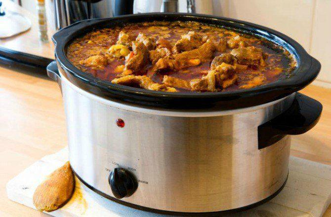5 Things You Need to Know Before You Use Your Slow Cooker