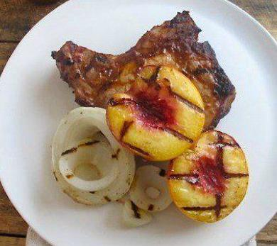 BBQ Pork Chops with Peaches and Sweet Onions