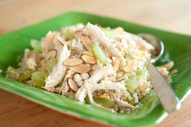 Quinoa Salad with Chicken, Grapes, and Almonds Recipe