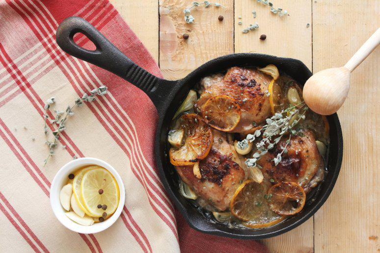 One-Pan Crispy Chicken in a White Wine Sauce