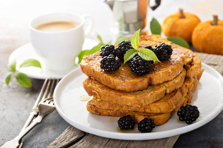 Slow-Cooker Pumpkin French Toast