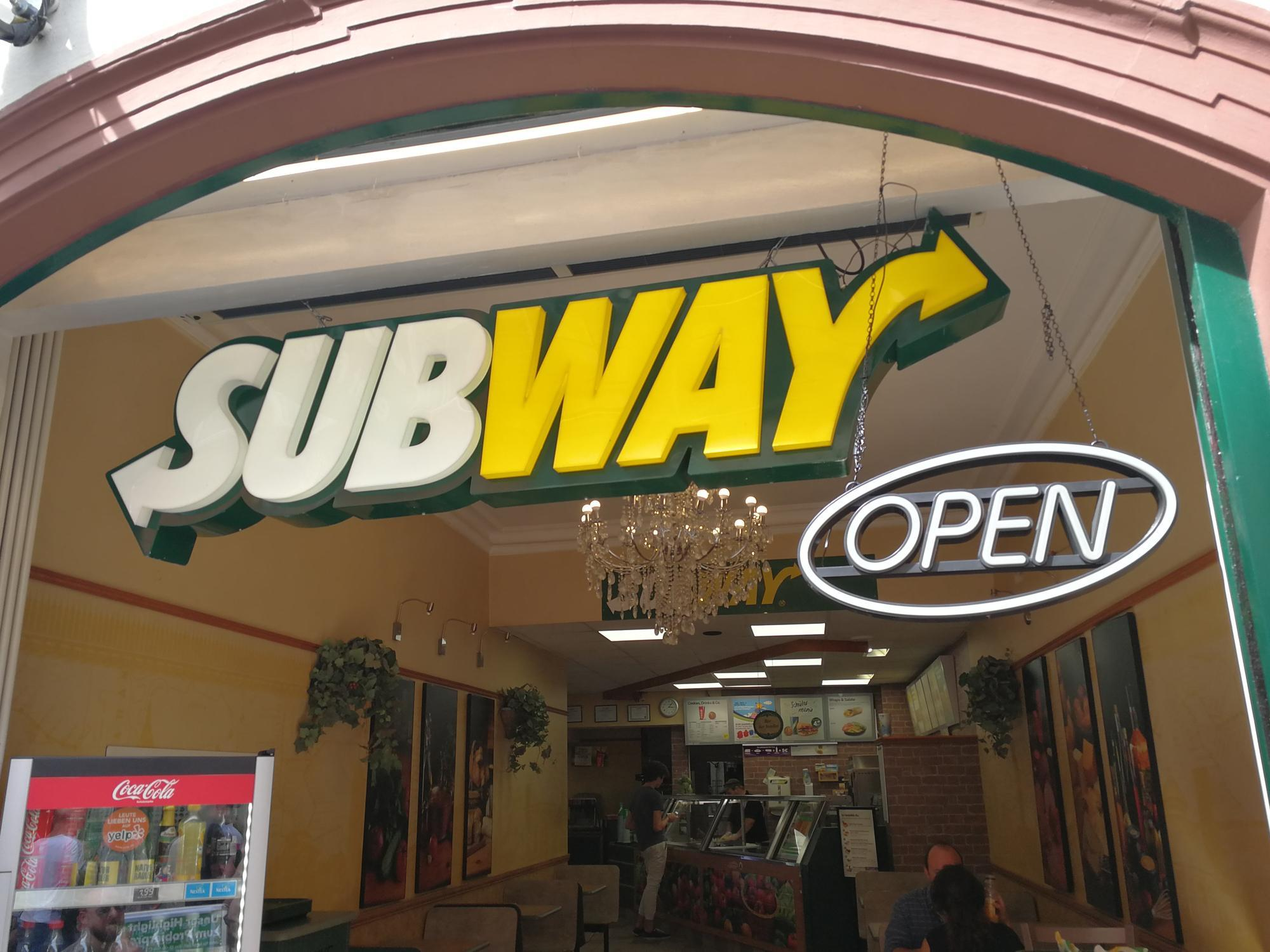 Subway Now Offers Delivery At 9000 Locations
