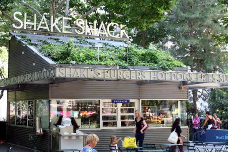 Shake Shack comes to West Hollywood in 2016, but will it spell trouble for In-n-Out?
