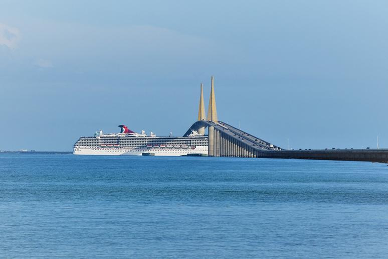 Sunshine Skyway Bridge, St. Petersburg, Florida