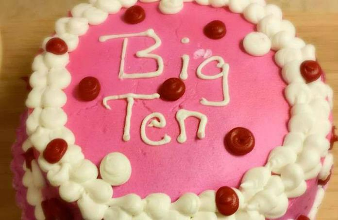 Magnificent 12 Most Hilarious Birthday Cake Fails Personalised Birthday Cards Veneteletsinfo