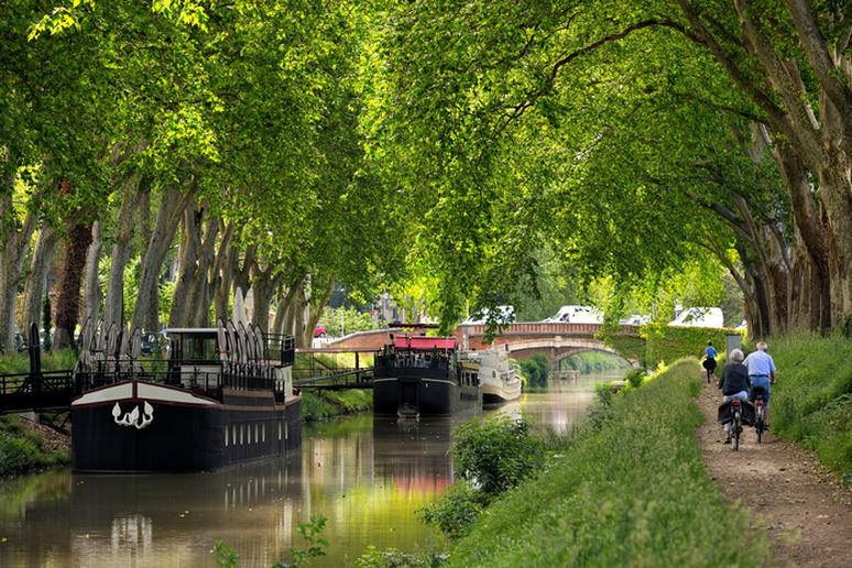 30. Canal Barge Cruising in Southern France