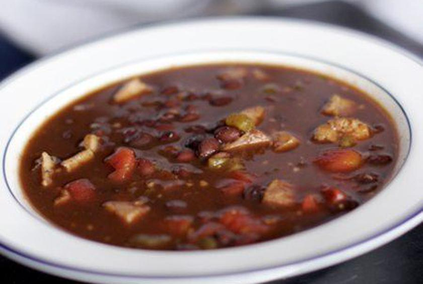 Slow-Cooked Spicy Black Bean Soup
