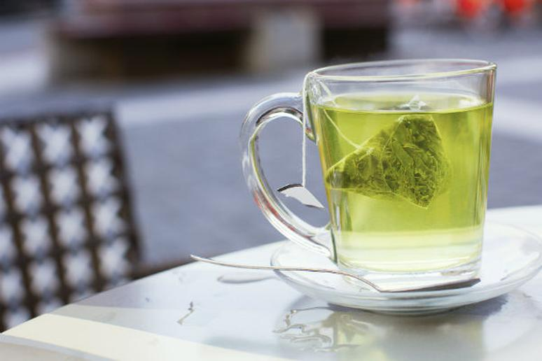 How to Drink Tea in 14 Countries