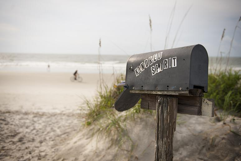 North Carolina: Kindred Spirit Mailbox (Sunset Beach)
